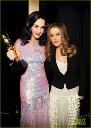 lisa_marie_presley_announce_katy_perry