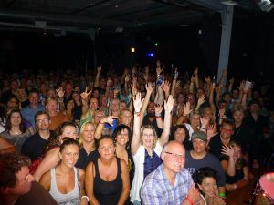 chicago_crowd_2
